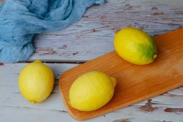 柠檬树只开花不结果的原因